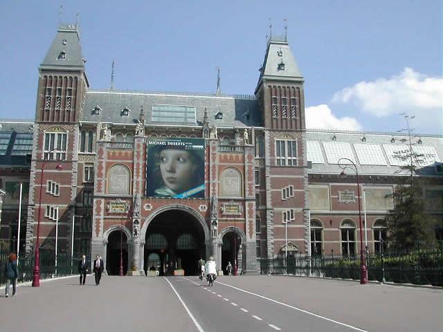 Benelux-Amsterdam.jpg