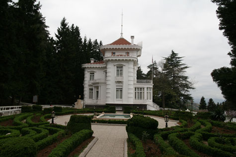 Karadeniz_Turu_Trabzon_Ataturk_Evi.jpg
