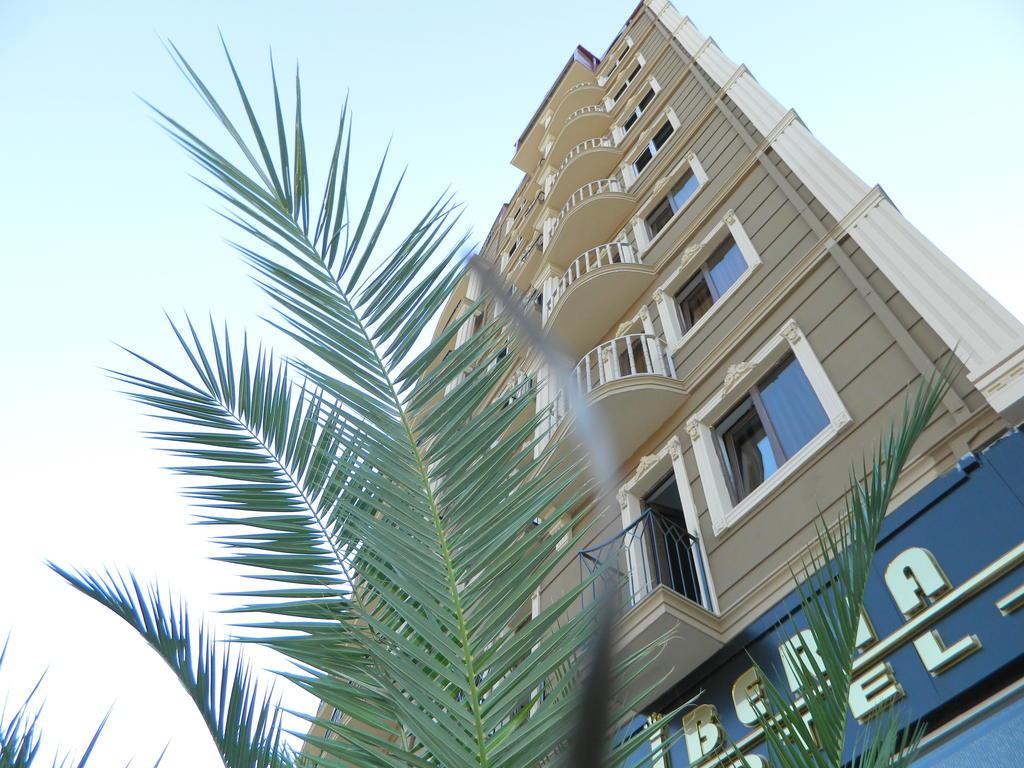 karadeniz-turu-iberia-hotel-batumi.jpg